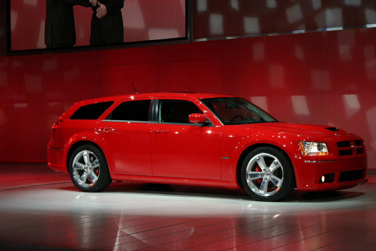 2008 Dodge Magnum And Srt 8 Photo Gallery Autoblog