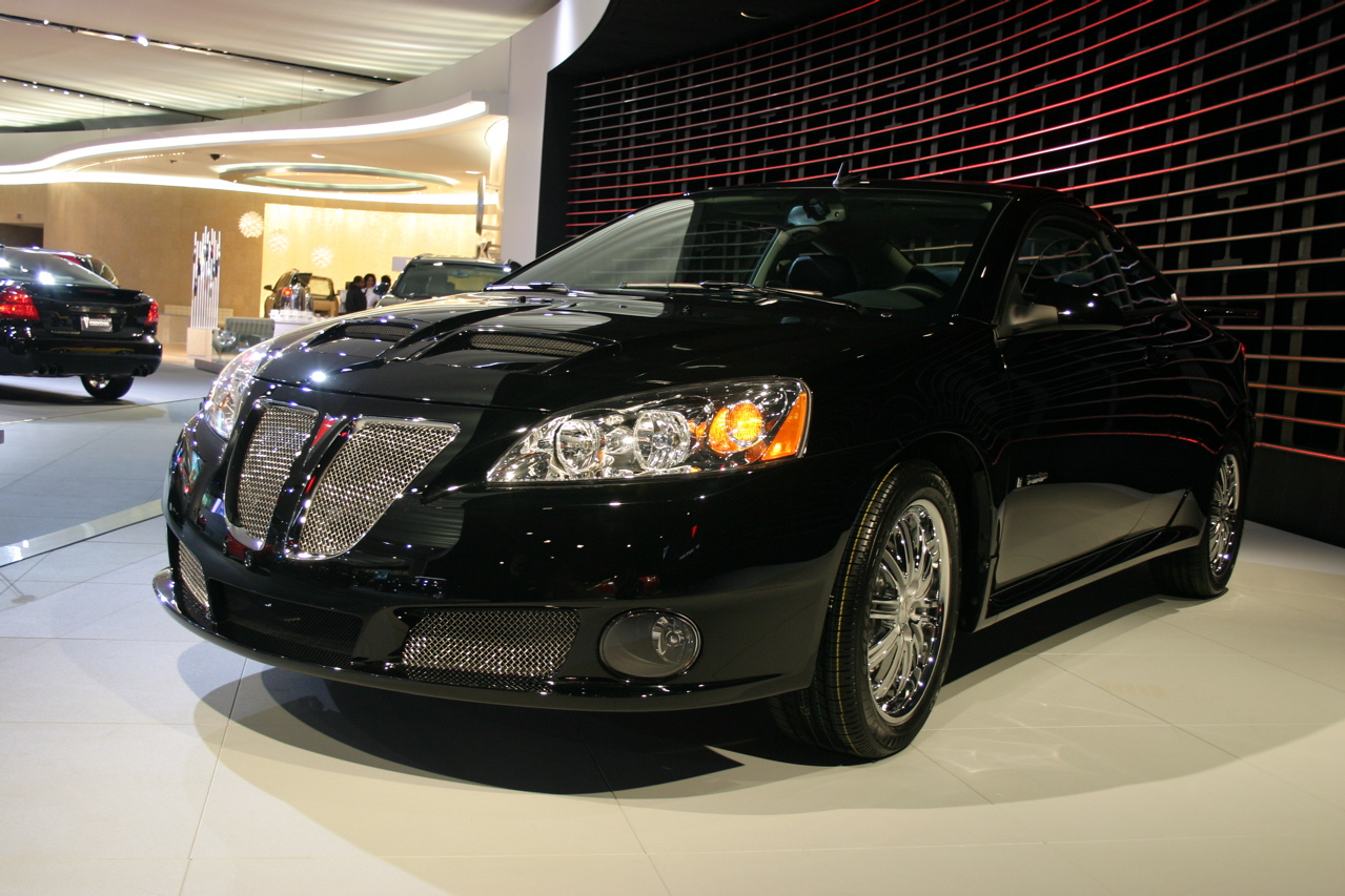 2008 pontiac g6 gxp photo gallery autoblog. Black Bedroom Furniture Sets. Home Design Ideas