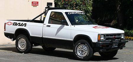 S10 Baja http://www.autoblog.com/2007/02/15/rr-of-the-day-1991-chevrolet-s-10-baja/