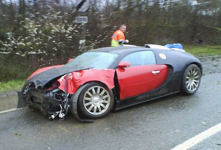 aw snap first bugatti veyron to be wrecked on public roads. Black Bedroom Furniture Sets. Home Design Ideas
