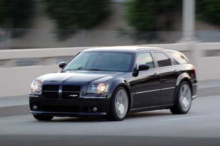 In the Autoblog Garage: 2007 Dodge Magnum SRT8 is bad to the bone