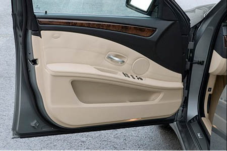 Bmw intros new technology with 2008 5 series door panel for 05 mustang door panel removal