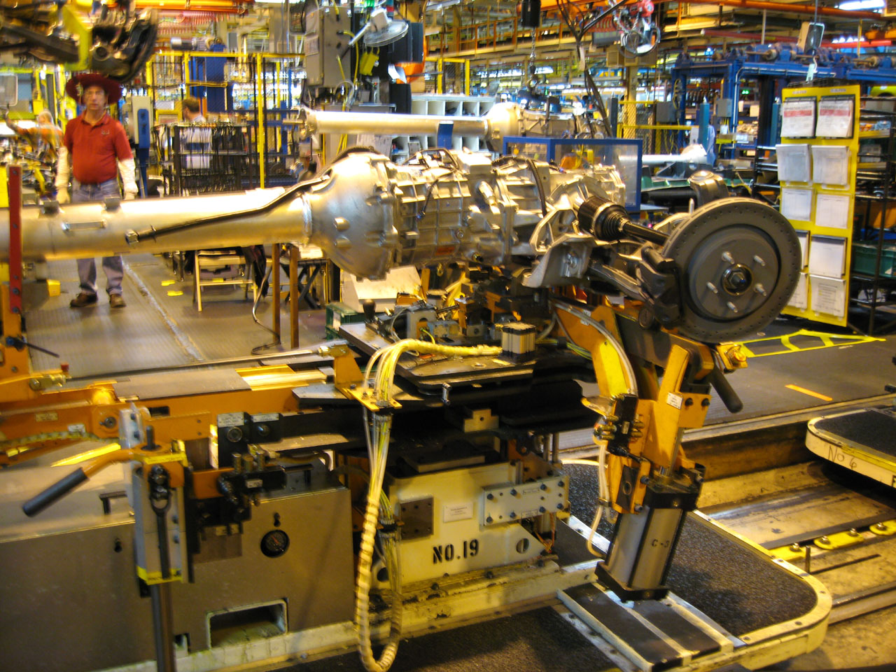 tour of corvette 39 s bowling green assembly plant photo gallery autoblog. Cars Review. Best American Auto & Cars Review