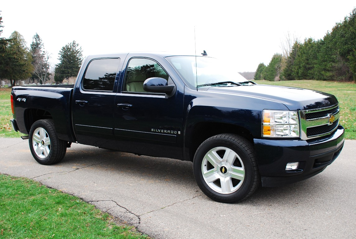 2007 chevrolet silverado ltz photo gallery autoblog. Cars Review. Best American Auto & Cars Review
