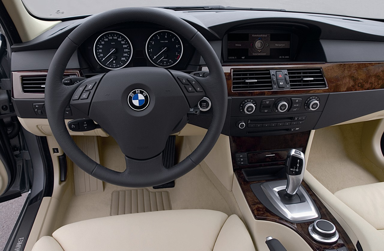 2008 BMW 5 Series Photo Gallery