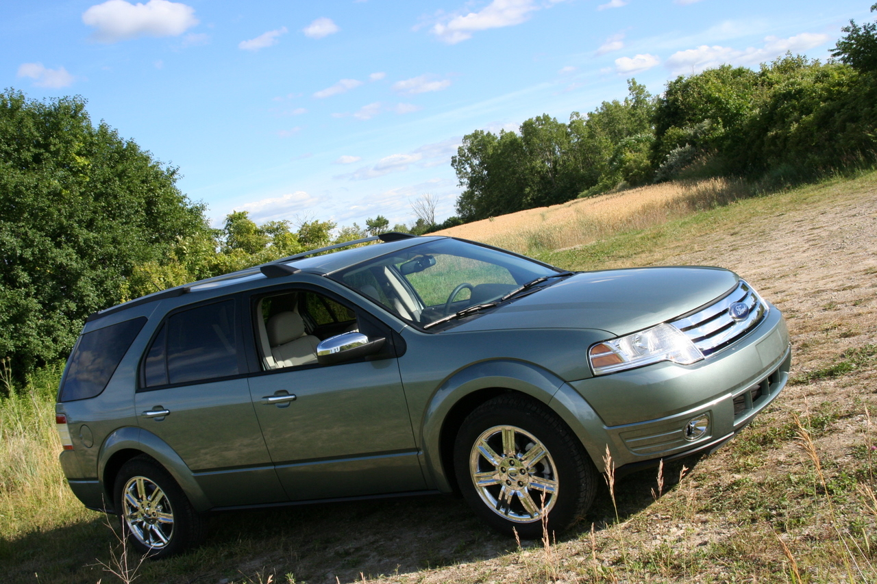 2008 ford taurus x review ratings specs prices and photos. Black Bedroom Furniture Sets. Home Design Ideas