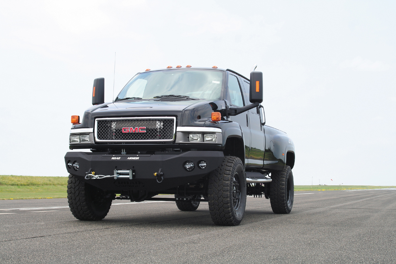 2018 chevrolet 6500. beautiful chevrolet ironhide edition gmc topkick 6500 pickup by monroe truck photo gallery   autoblog on 2018 chevrolet 2