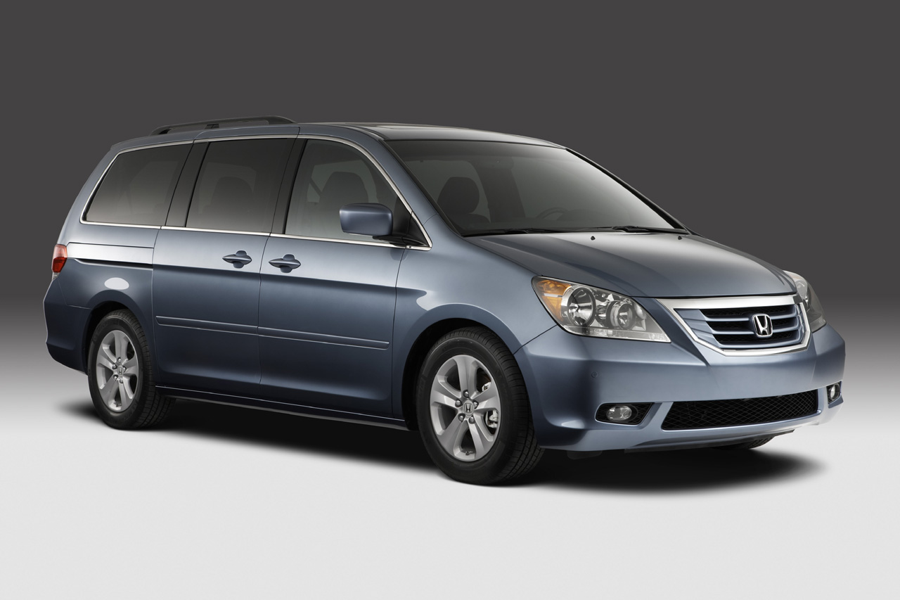 Honda Recalls Nearly 350k Odyssey Minivans Over Unintended