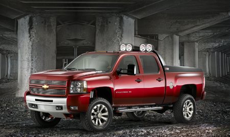 "SEMA 2007: Chevy Silverado HD Crew Z71 ""Big Red"" - Autoblog"