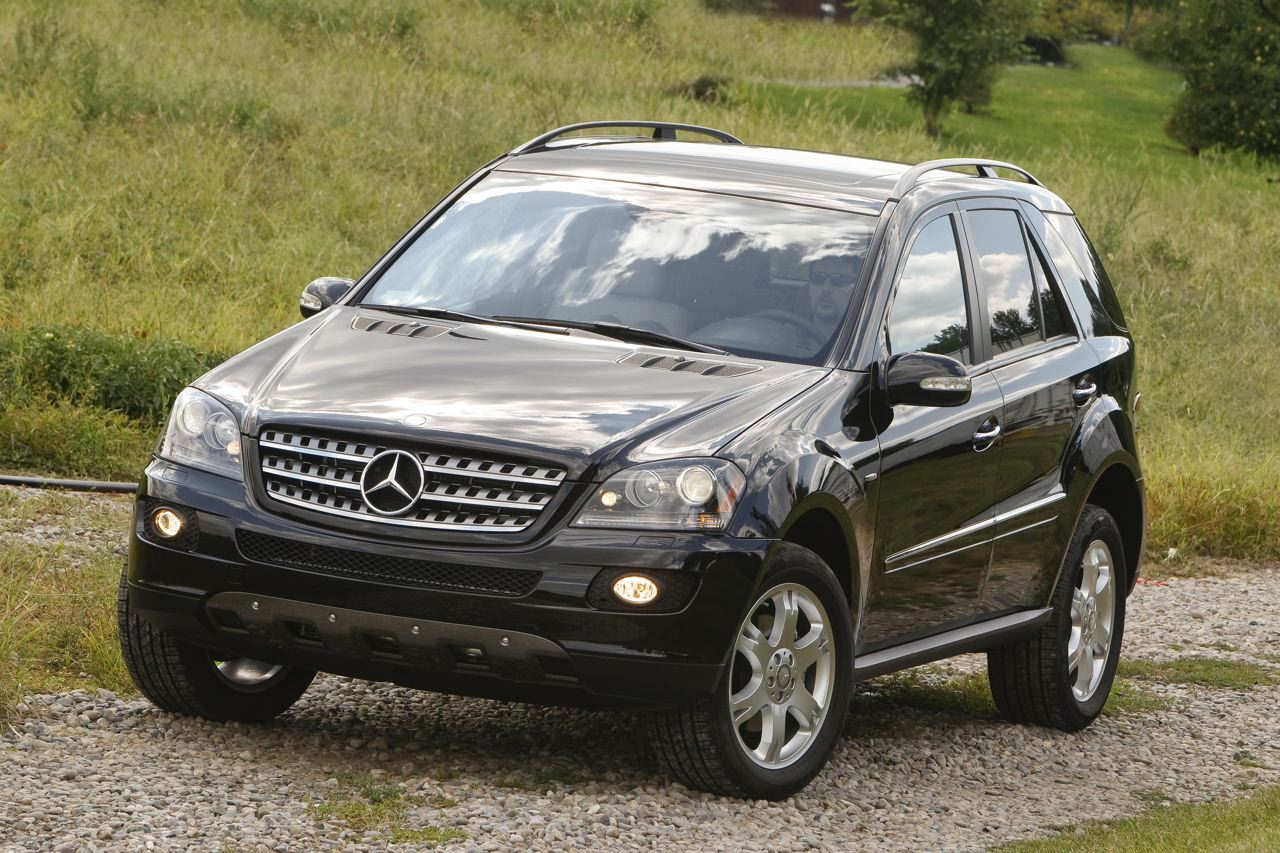 2008 mercedes benz ml350 edition 10 photo gallery autoblog for Mercedes benz ml 350 2008