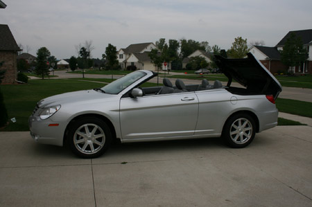 Review 2008 chrysler sebring limited convertible autoblog being no convertible mechanic we made room for the sebring convertible in my own personal autoblog garage and parked it publicscrutiny Images