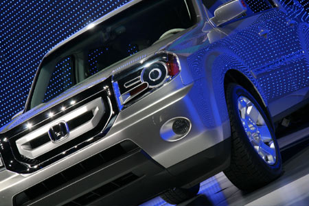 pics of the honda pilot prototype we were there when honda trotted out