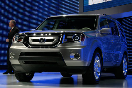 res images of the honda pilot prototype honda s big debut today was