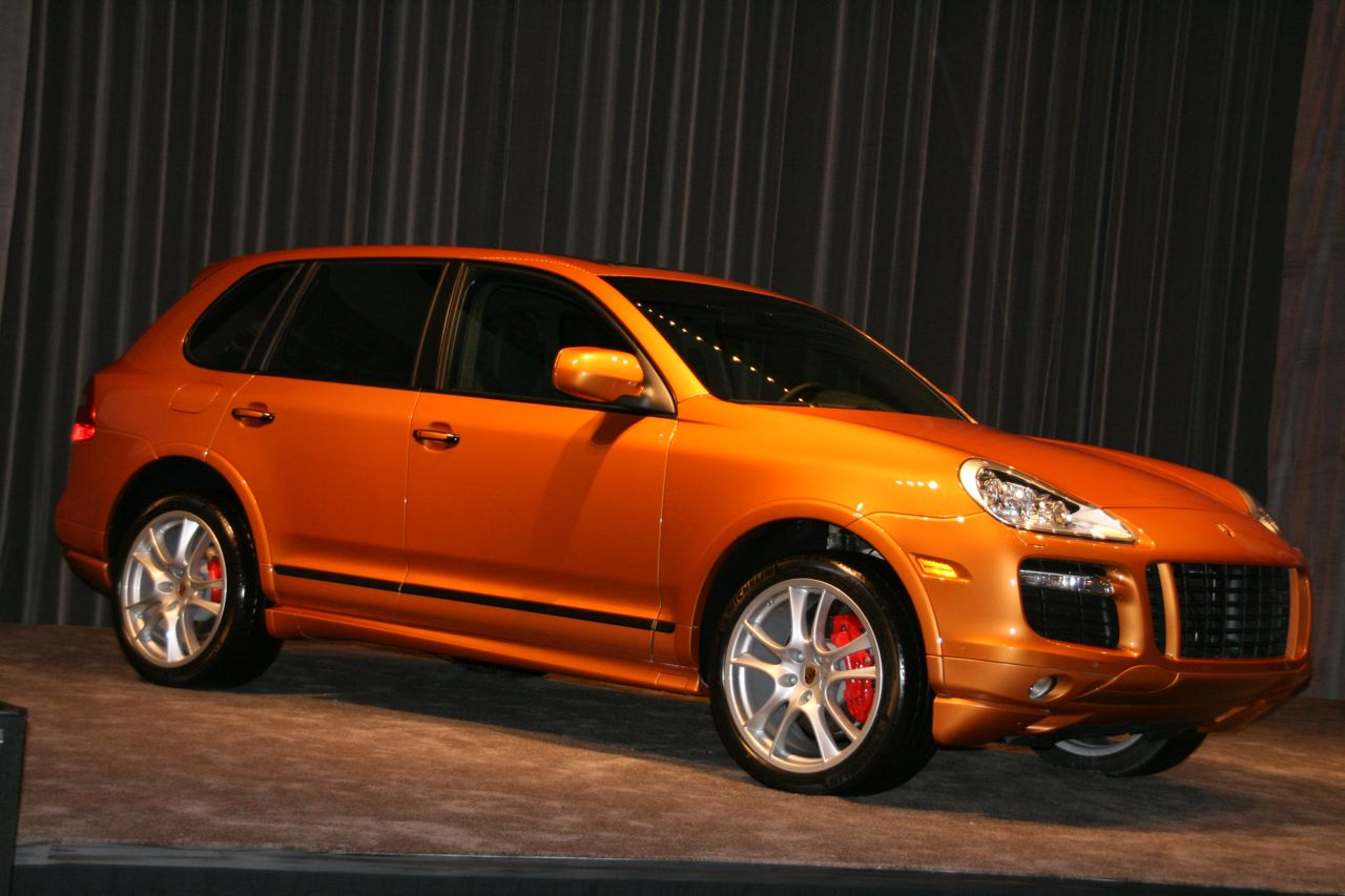 2008 porsche cayenne gts photo gallery autoblog. Black Bedroom Furniture Sets. Home Design Ideas