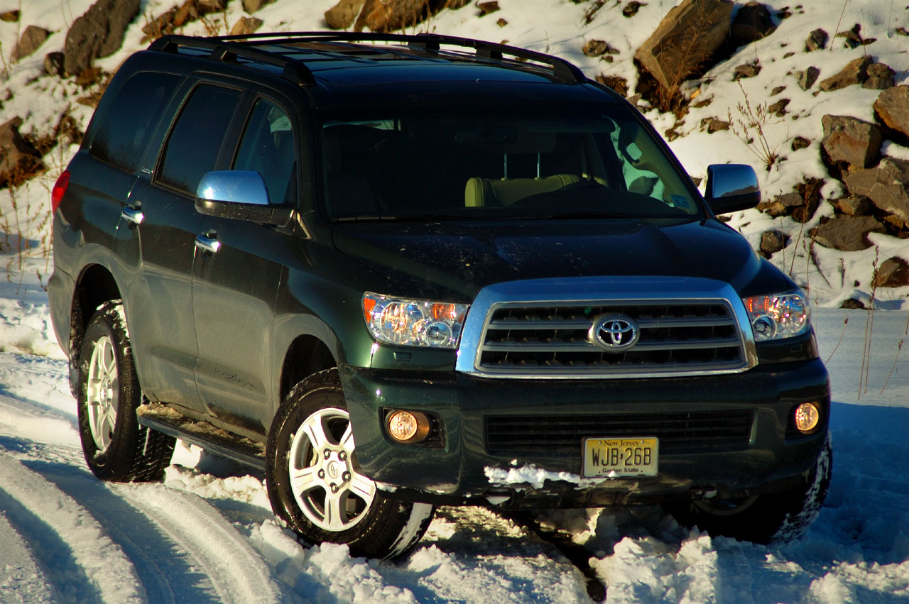 review 2008 toyota sequoia limited 4x4 photo gallery autoblog. Black Bedroom Furniture Sets. Home Design Ideas