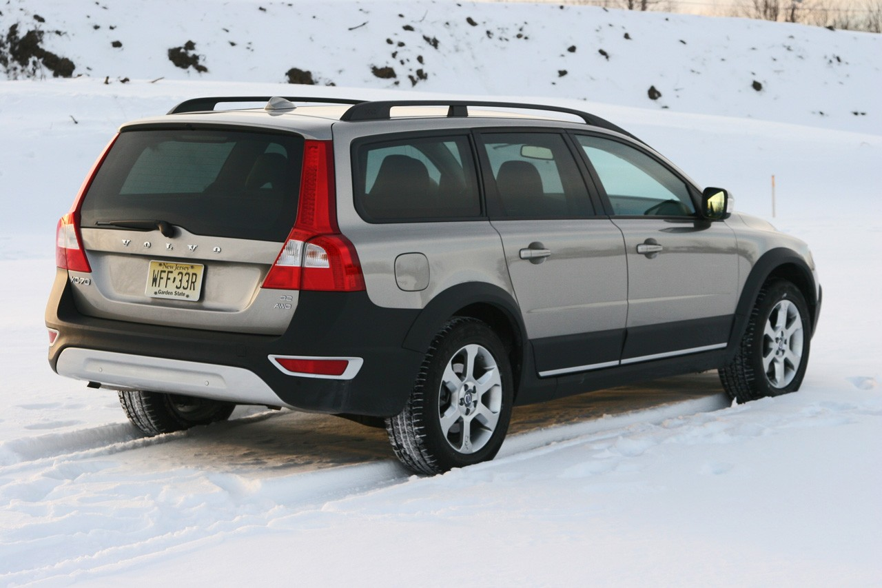 Review: 2008 Volvo XC70 Photo Gallery - Autoblog