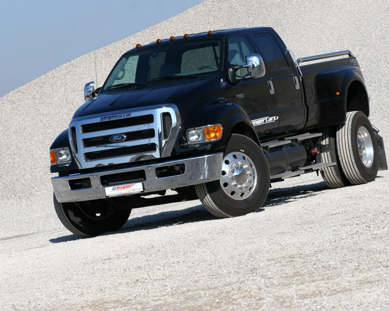 [Image: geigercars.de-ford-f-650-01.jpg]