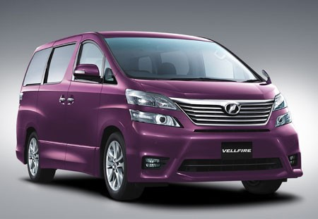 toyota alphard and vellfire six years after toyota s luxury minivan