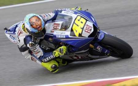 Open Face Helmets Auto Racing on Valentio Rossi S New Helmet A Scream