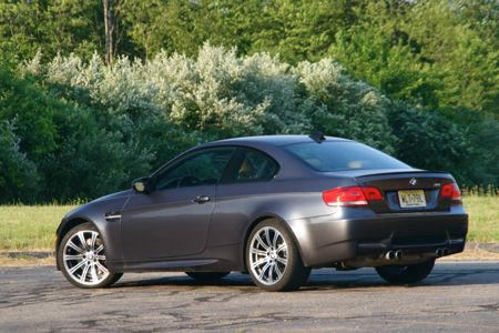 review 2008 bmw m3 coupe autoblog. Black Bedroom Furniture Sets. Home Design Ideas