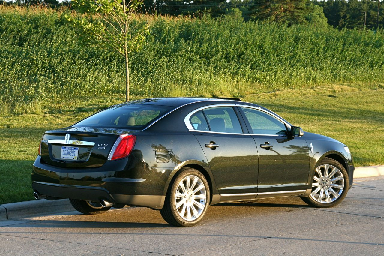 2009 Lincoln MKS - www.graphiccanon.com