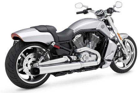 Click above for more shots of the 2009 VRSCF V-Rod Muscle