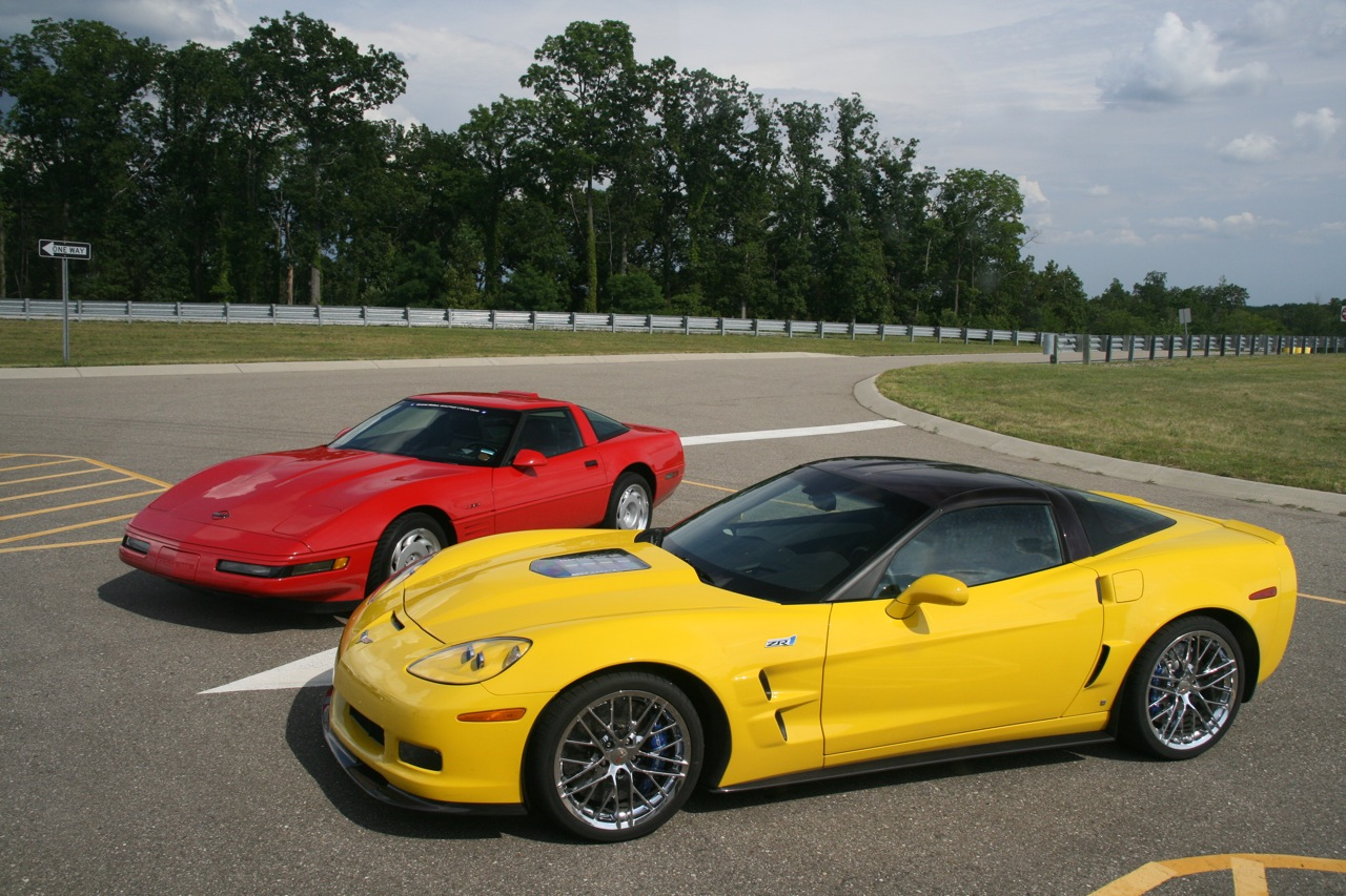 2009 corvette zr1 1280 05 2016 Ruf RGT 4.2 Dimension