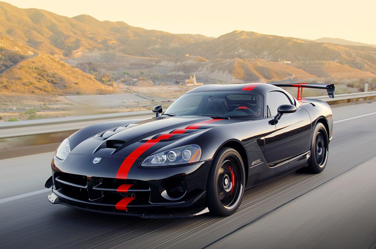 Chrysler viper vs dodge viper #3