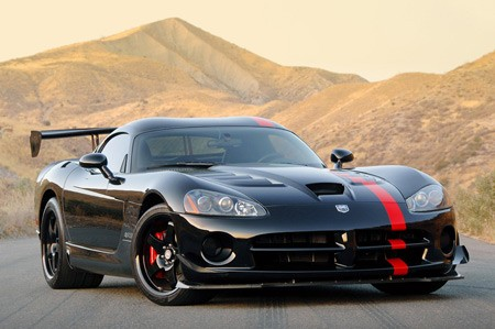 Auto  Domestic Racing on Of The Dodge Viper Acr The Dodge Viper Has Been Chrysler S Halo Car