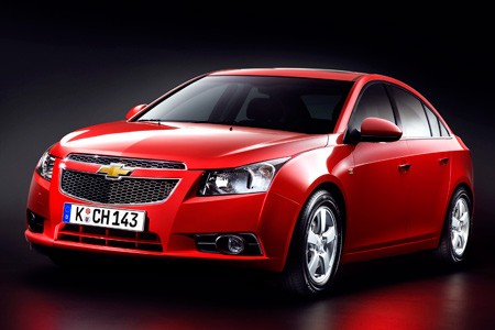 cars 2011 images. pics of 2011 Chevy Cruze