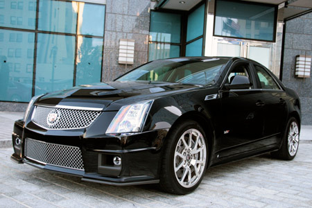first drive 2009 cadillac cts v autoblog. Black Bedroom Furniture Sets. Home Design Ideas