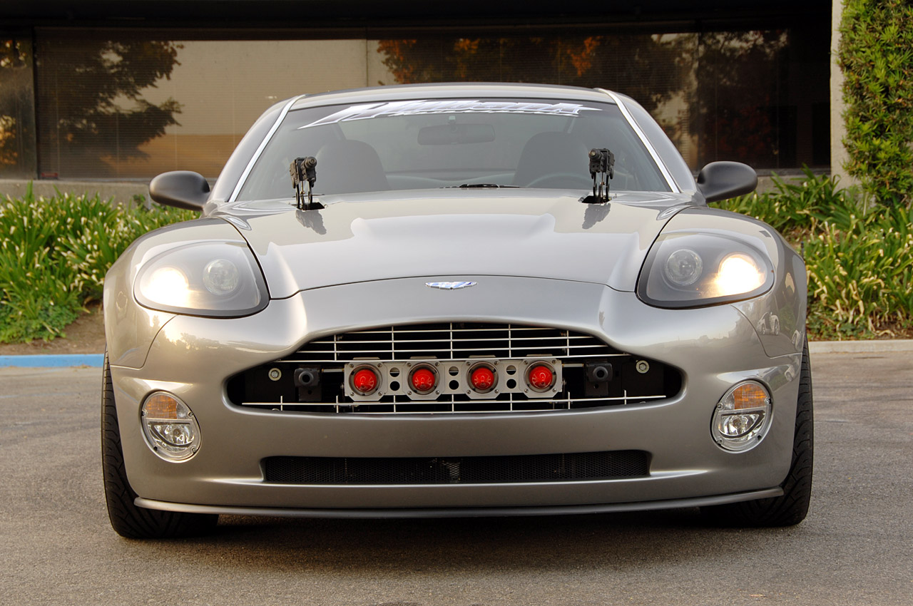 exclusive motor cars aston martin v12 vanquish replica. Black Bedroom Furniture Sets. Home Design Ideas