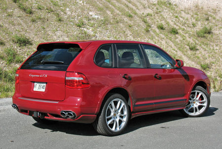 review 2008 porsche cayenne gts autoblog. Black Bedroom Furniture Sets. Home Design Ideas