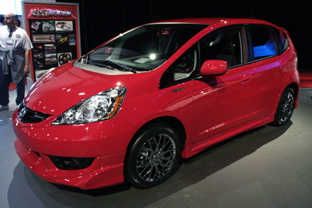 Click above for high-res gallery of the Honda Fit Sport by Mugen