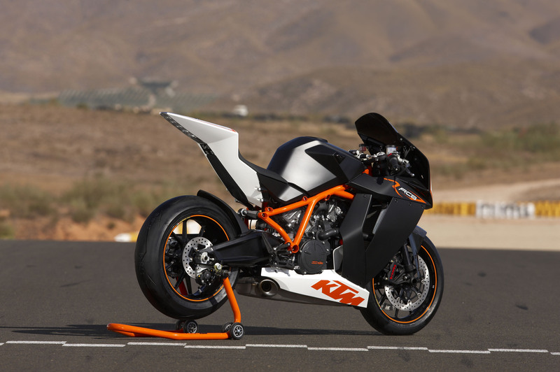 Dream bike ko RC-8 R ng KTM only two people own this bike here in