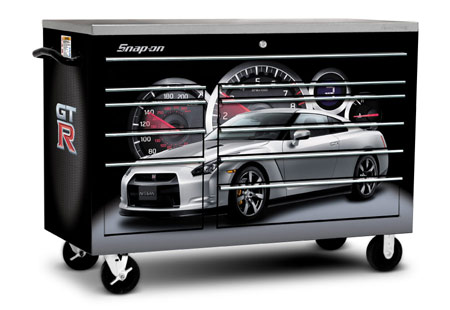 Snap On Introduces Limited Edition Nissan GT R Toolbox