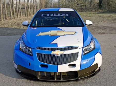 chevy cruze. The Chevy Cruze will replace