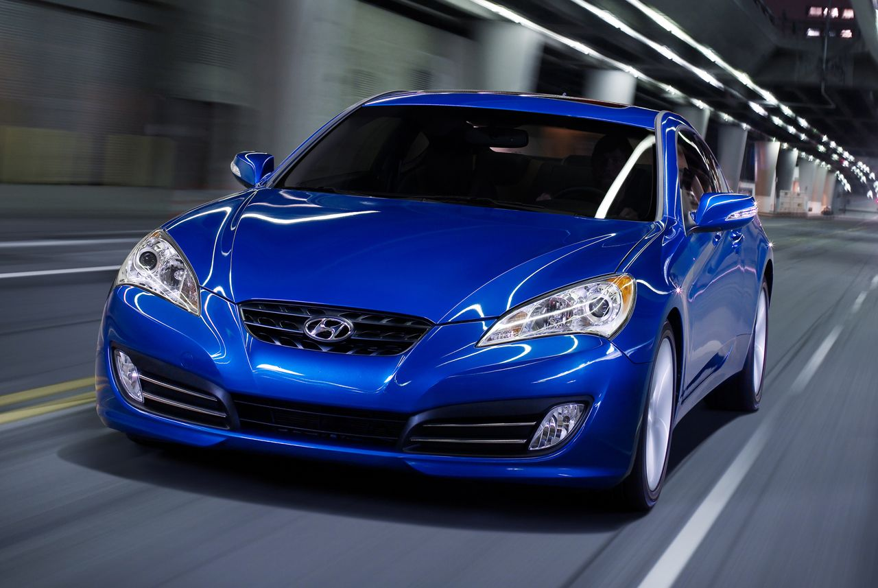 2010 hyundai genesis coupe photo gallery autoblog. Black Bedroom Furniture Sets. Home Design Ideas