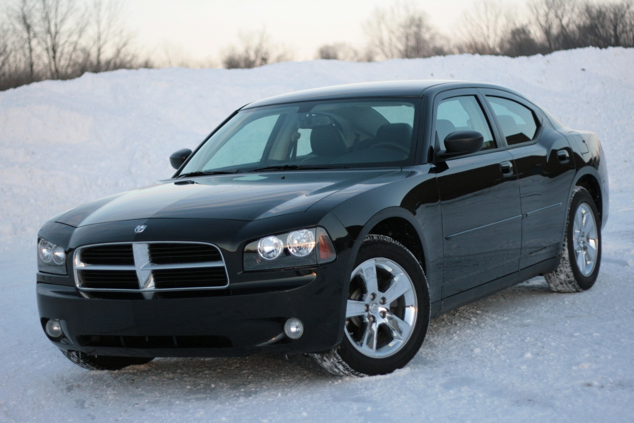 review 2009 dodge charger sxt 3 5 photo gallery autoblog. Black Bedroom Furniture Sets. Home Design Ideas