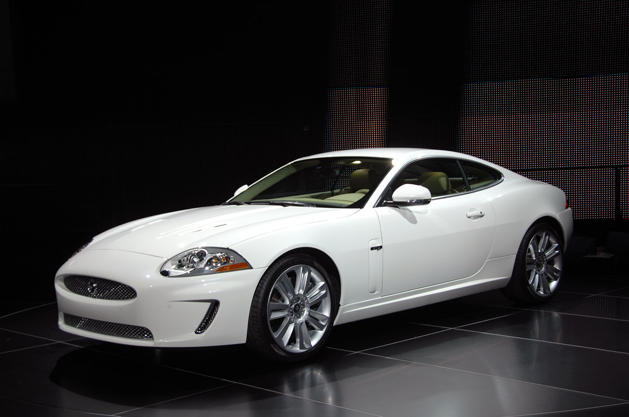 Acura Certified Pre Owned >> Detroit 2009: 2010 Jaguar XKR Photo Gallery - Autoblog