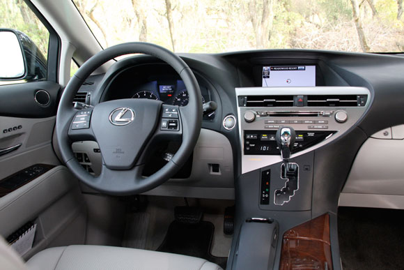 first drive 2010 lexus rx350 and rx450h autoblog. Black Bedroom Furniture Sets. Home Design Ideas
