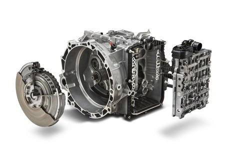 Ford officially announces dual clutch PowerShift gearbox ...