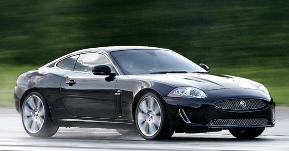 2010 Jaguar XKR Photos