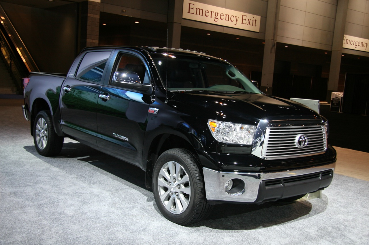 toyota reveals new 4 6l v8 in 2010 tundra clublexus lexus forum discussion. Black Bedroom Furniture Sets. Home Design Ideas