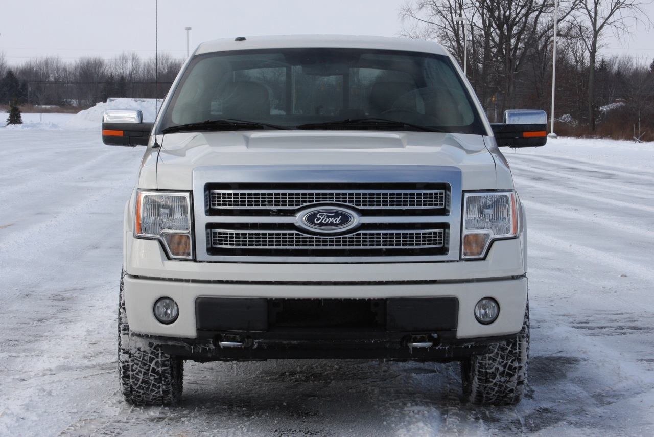 review 2009 ford f 150 platinum 4x4 photo gallery autoblog. Black Bedroom Furniture Sets. Home Design Ideas