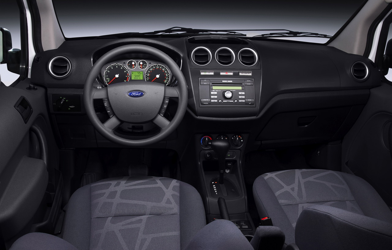 Slika press release ford launches all new transit connect