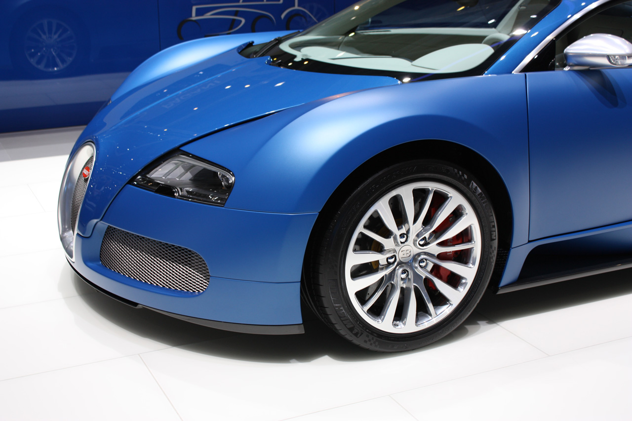 geneva auto show 2009 bugatti veyron blue centenaire top cars design review info and more bmw. Black Bedroom Furniture Sets. Home Design Ideas