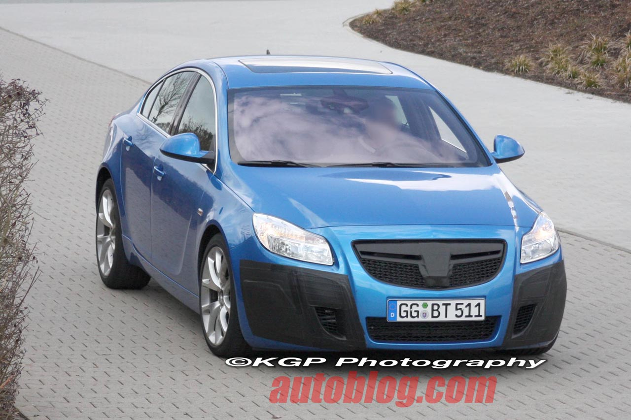 Opel Insignia OPC uncovered