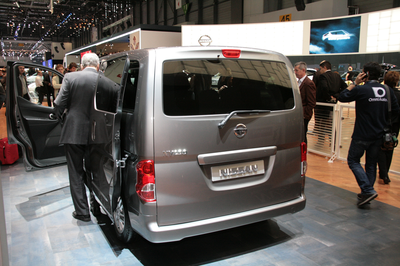 Nissan NV200 Cars Show