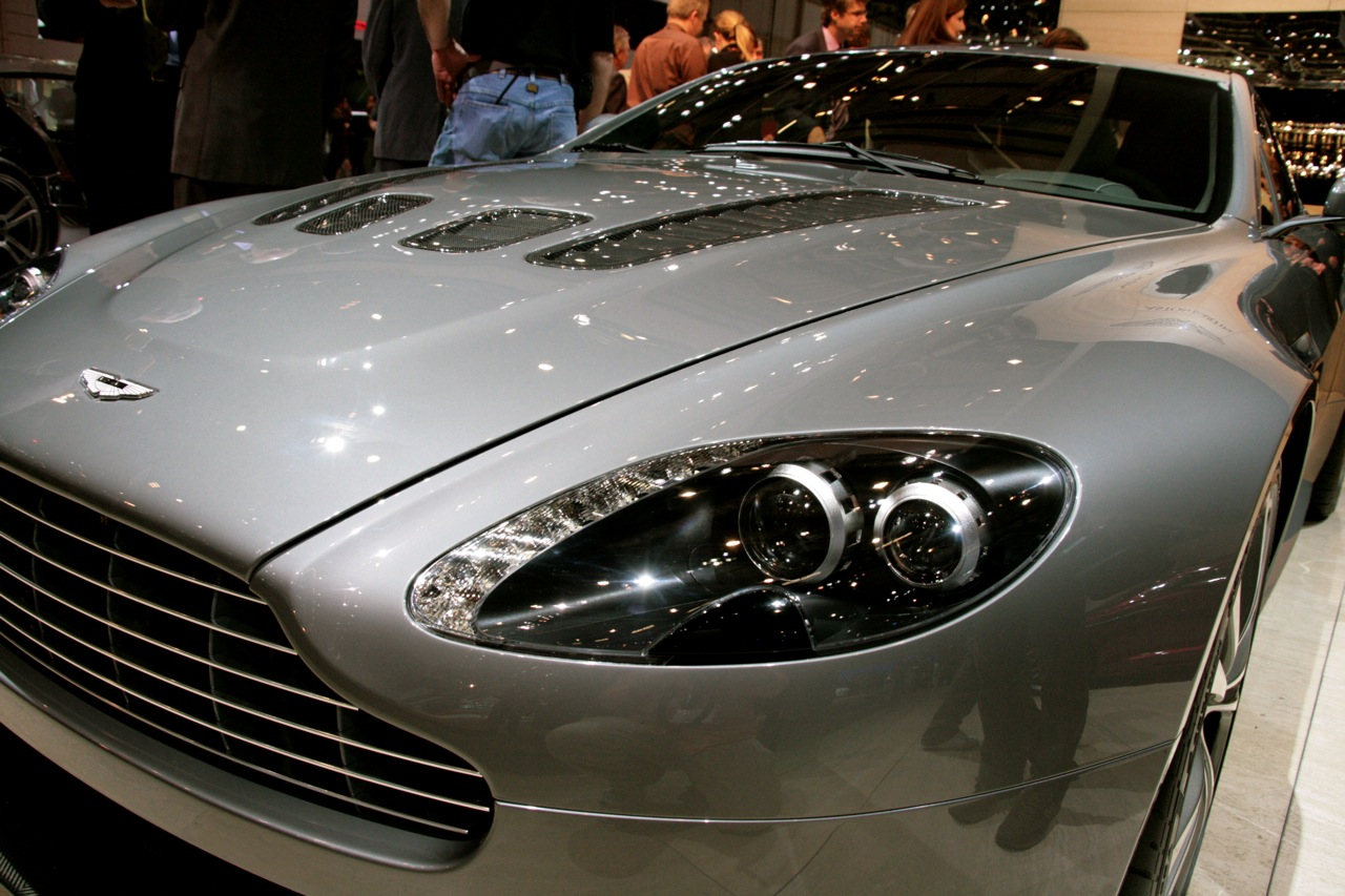 Geneva Auto Show 2009 Aston Martin V12 Vantage Top Cars Design Review Info And More Bmw Audi